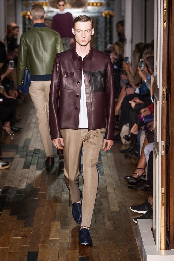 SS14 Paris Valentino018_Tommaso de Benedictis(fashionising.com)
