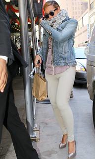 Beyonce Beige Jeans Celebrity Style Women's Fashion