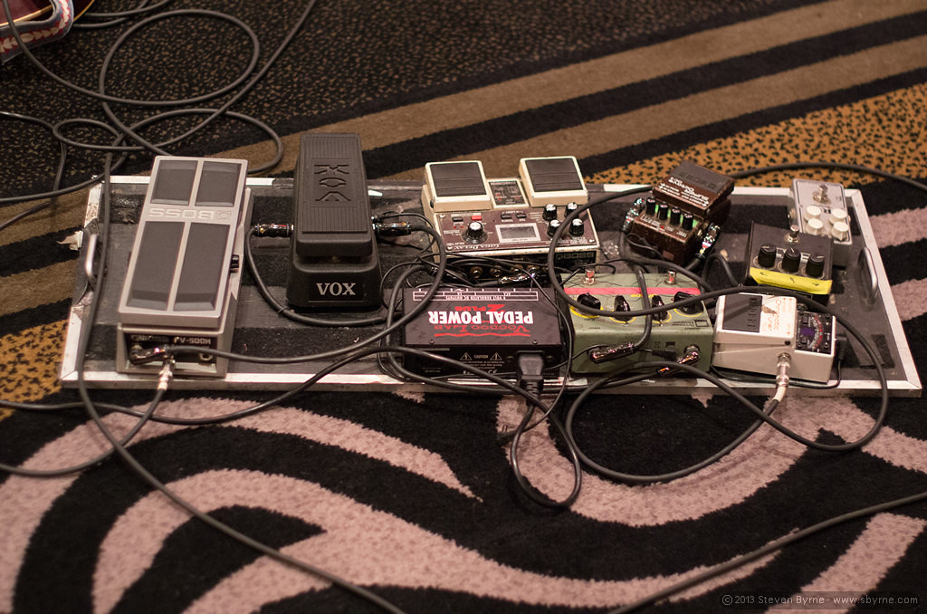 Pedal board - Matt Smith | Guitarist Matt Smith's pedal boar… | Flickrnew icn messageflickr-free-ic3d pan white
