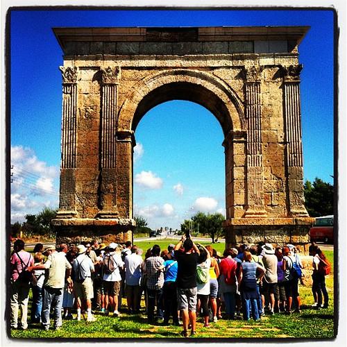 Arribada a l'Arc de Berà de la Via Augusta des d'#ElVendrell amb l'#IEP #Penedès