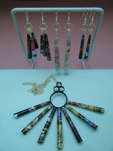 Rolled paper earrings and pendant by Philippa Reid
