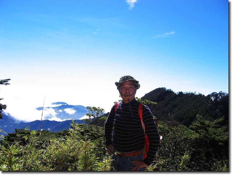 上稜點 (elev. 2883 m) 2