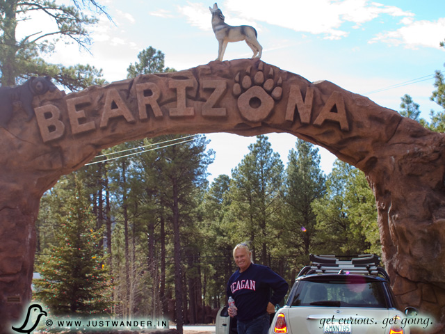 PIC: Entrance to Bearizona Drive-thru Wildlife Park