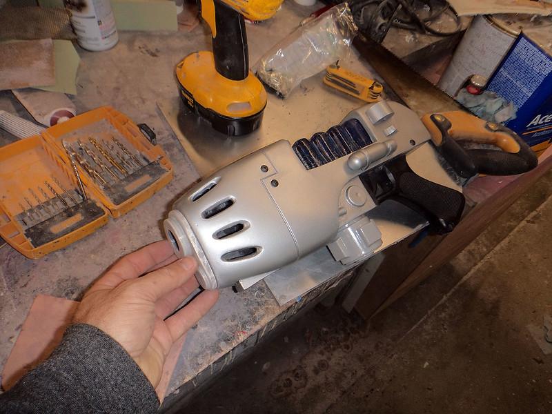 Plasma Pistol Assembling