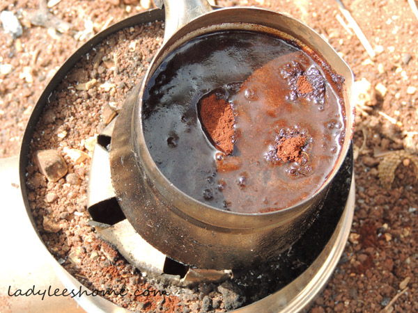 arabic-coffe-on-a-rocket-stove-10