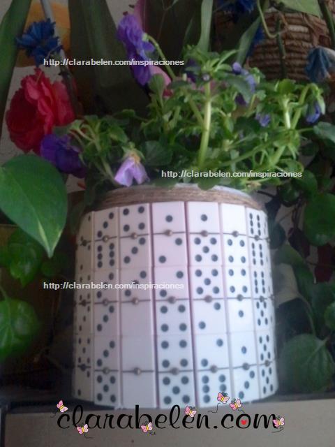 maceta para el dia del padre hecha con dominos