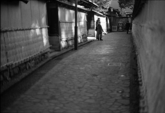 石畳 - Stone pavement