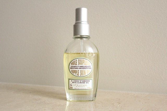 L'Occitane Almond Supple Skin Oil review