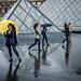 Le parapluie jaune by RVBO