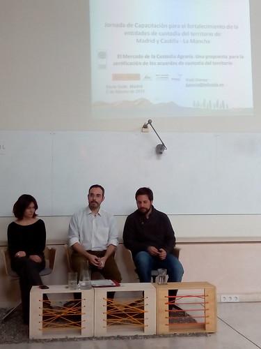 Anna Subirana, Antonio Ruíz e Iñaki Gómez en la jornada de capacitación de entidades de custodia del territorio en el marco del Proyecto Tejiendo Redes
