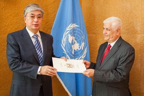 NEW PERMANENT REPRESENTATIVE OF IRAQ PRESENTS CREDENTIALS TO DIRECTOR-GENERAL OF UNITED NATIONS OFFICE AT GENEVA