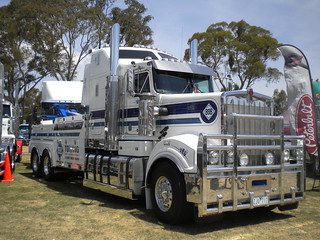 888 Towing Kenworth T904