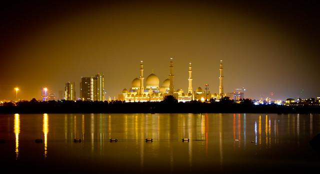 La espectacular Mezquita Sheikh Zayed en Abu Dabi 8731675193_d51f0bbc90_z