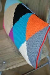 wood & wool harlequin pillow 028