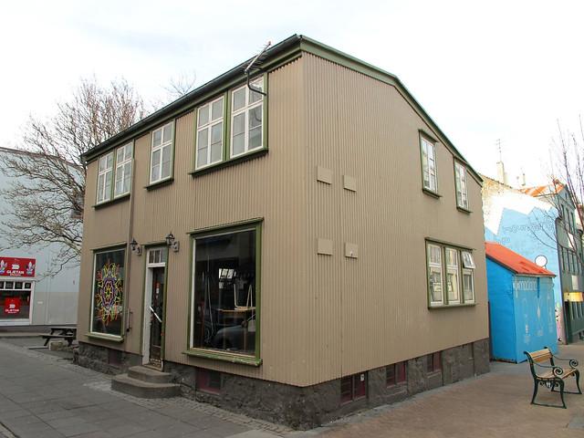 Las casas de colores de reykjavik islandia flickr photo sharing - Casas en islandia ...