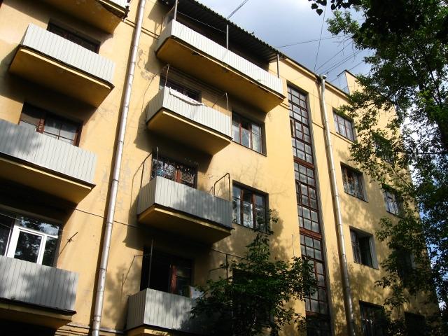 Дом-коммуна на ул. Лестева 20
