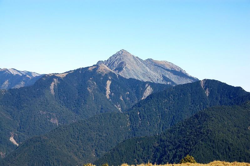 中央尖山(From 閂山 ) 1