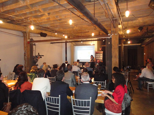 wide shot of Nikki speaking at SSRS5, green moxie, eco friendly blogger