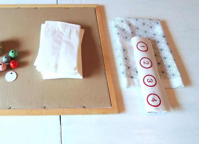 snowy christmas stocking adventskalender. Black Bedroom Furniture Sets. Home Design Ideas