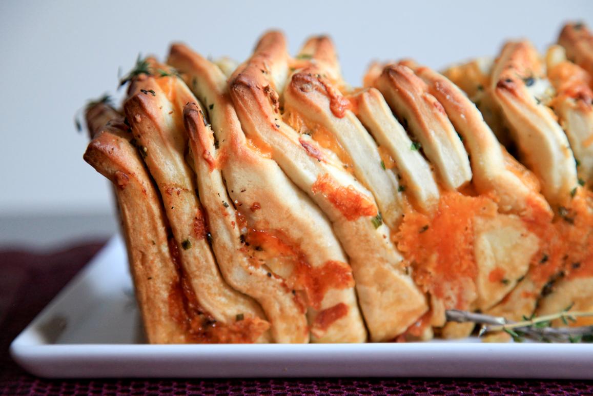 pull-apart bread | THE SPICY STILETTO