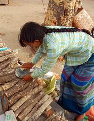 Thanakha tree bark powder vendor