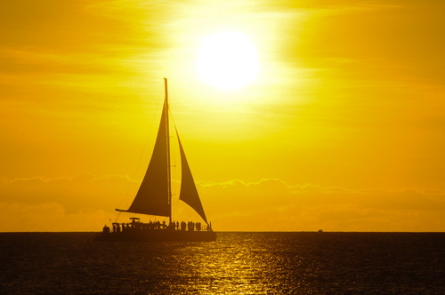 sunset beach sailboat atardecer sailing playa aruba caribbean navegar navegando netherlandsantilles caribe velero flickraward antillasholandesas hadicurari hadicuraribeach nikonflickraward playahadicurari