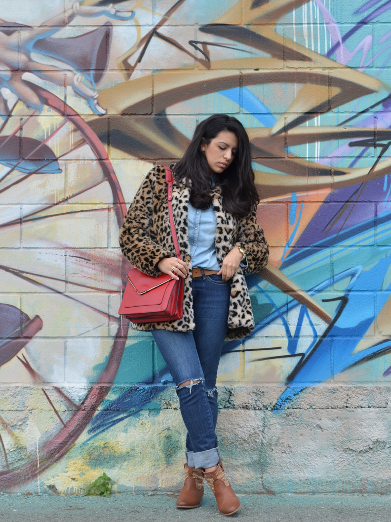 florenciablog coat animal print and total look denim redboxbag  (3)