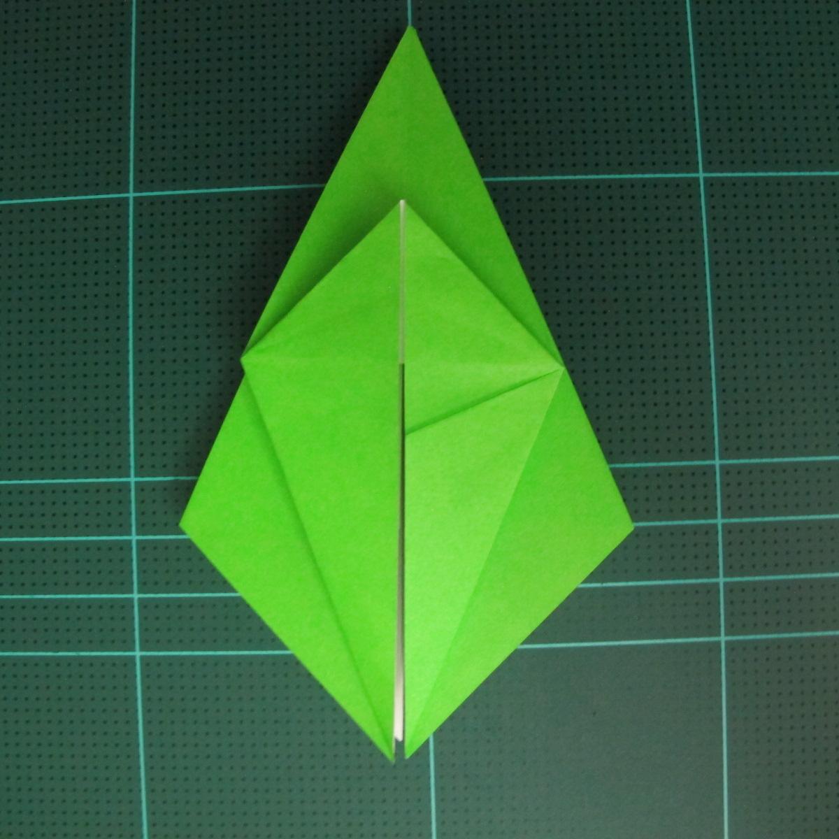 วิธีพับกระดาษเป็นจรวด X-WING สตาร์วอร์ (Origami X-WING) 017