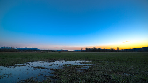 sunset nature landscape scenic mountains field water bluesky dusk canon pacificnorthwest carnation clear day canoneos5dmarkiii samyang14mmf28ifedmcaspherical washington johnwestrock