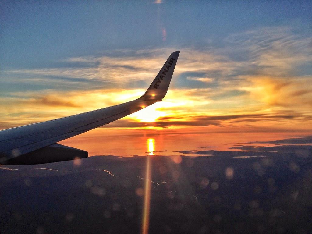 Puesta de sol desde avión [216/365] #lafotodeayer