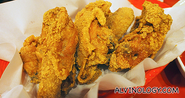 Spicy Up ($34 /8pc, $18 /4pc) - the classic fried chicken