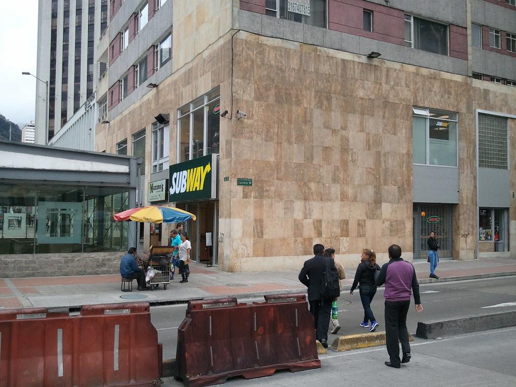 BOGOTÁ | Almacenes, Restaurantes & Demás - Page 110 - SkyscraperCity