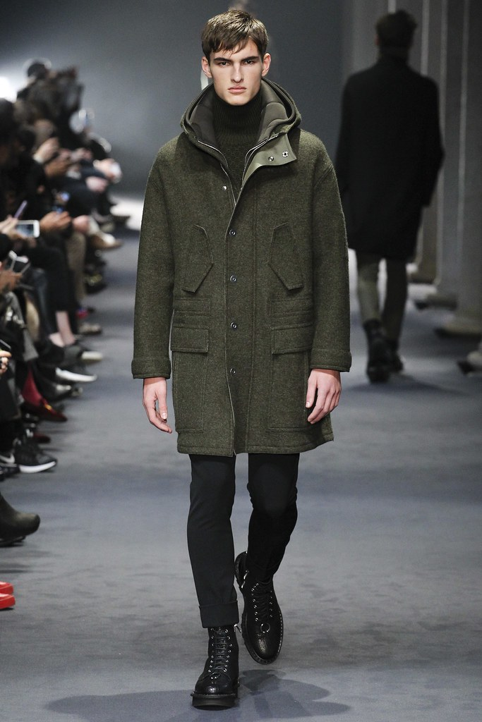 FW15 Milan Neil Barrett003_Tom Coysman(VOGUE)