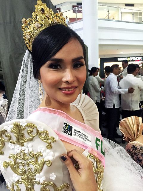 Filipina Model - Tia Santos