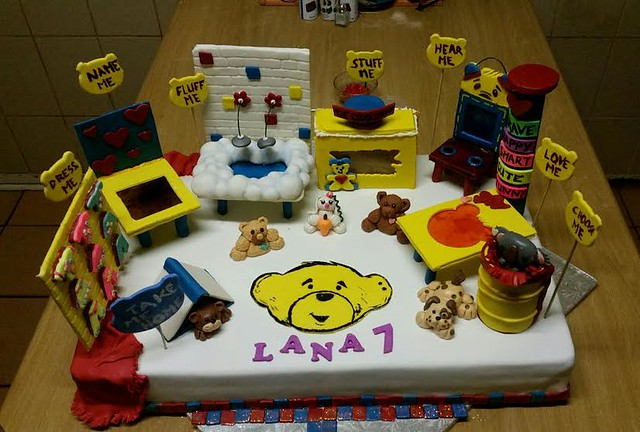 Build a Bear Cake by Magdel Murray
