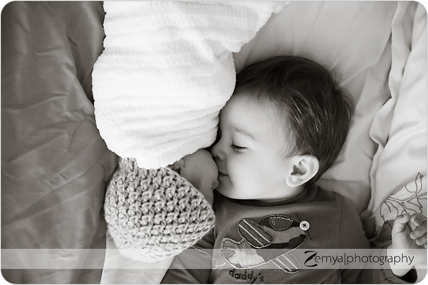 b-L-2013-04-09: Zemya Photography: Newborn photographer