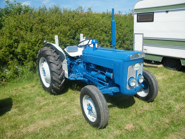 Ford Dexta Tractor Information : Fordson super dexta tractor flickr photo sharing