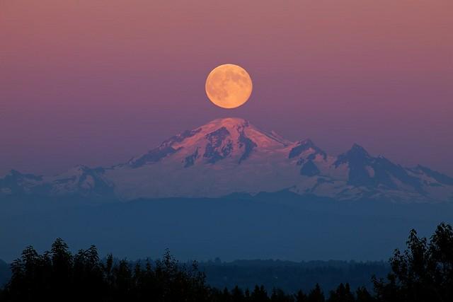 Mount Baker Moon