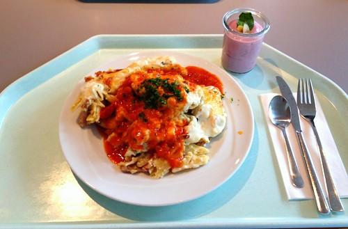 Pastisio - Griechischer Nudelauflauf mit Schinken / Greek pasta bake with ham