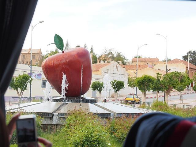 這個城是的吉祥物?大蘋果一顆