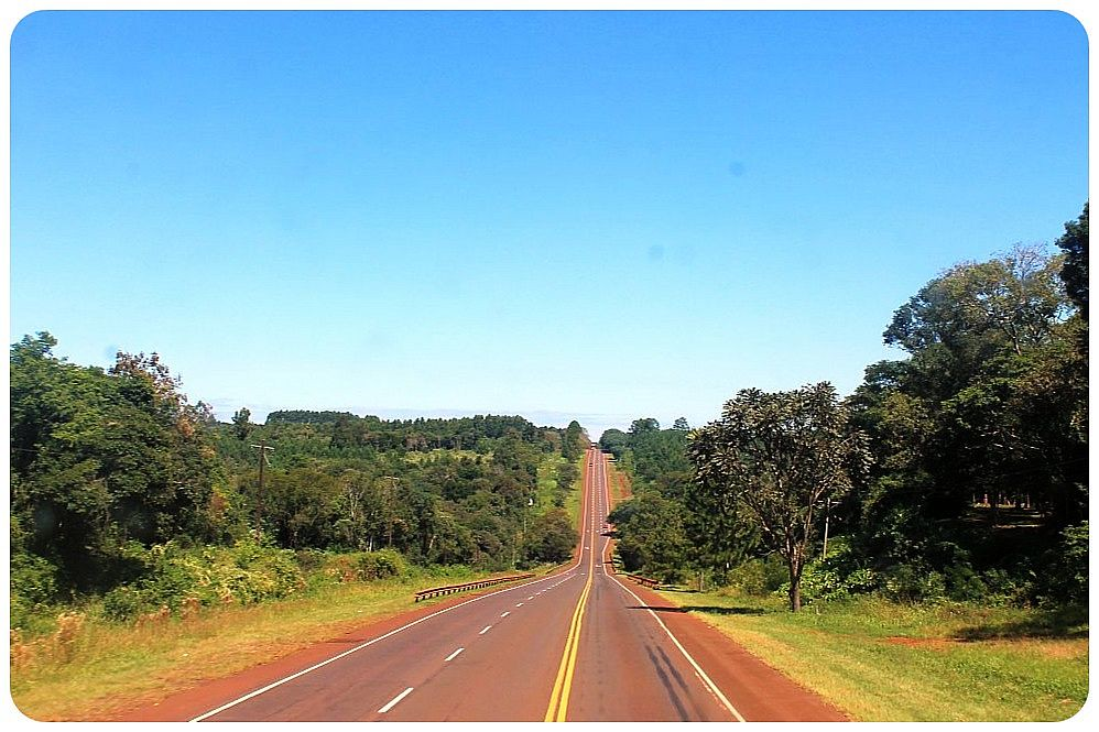 21 argentina road iguazu1
