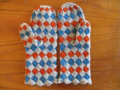 Trifted Mittens