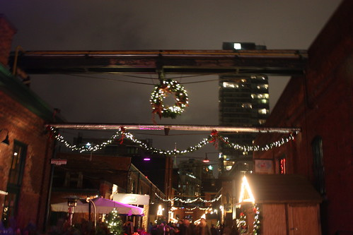 toronto-christmas-market-distillery-district