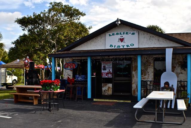 leslie's bistro restaurants in hernando beach fl