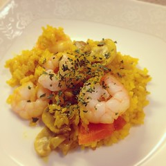 curry(0.0), produce(0.0), scrambled eggs(0.0), meal(1.0), seafood(1.0), food(1.0), scampi(1.0), dish(1.0), cuisine(1.0),