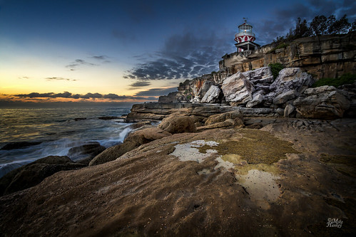 lighthouse sunrise focus southhead