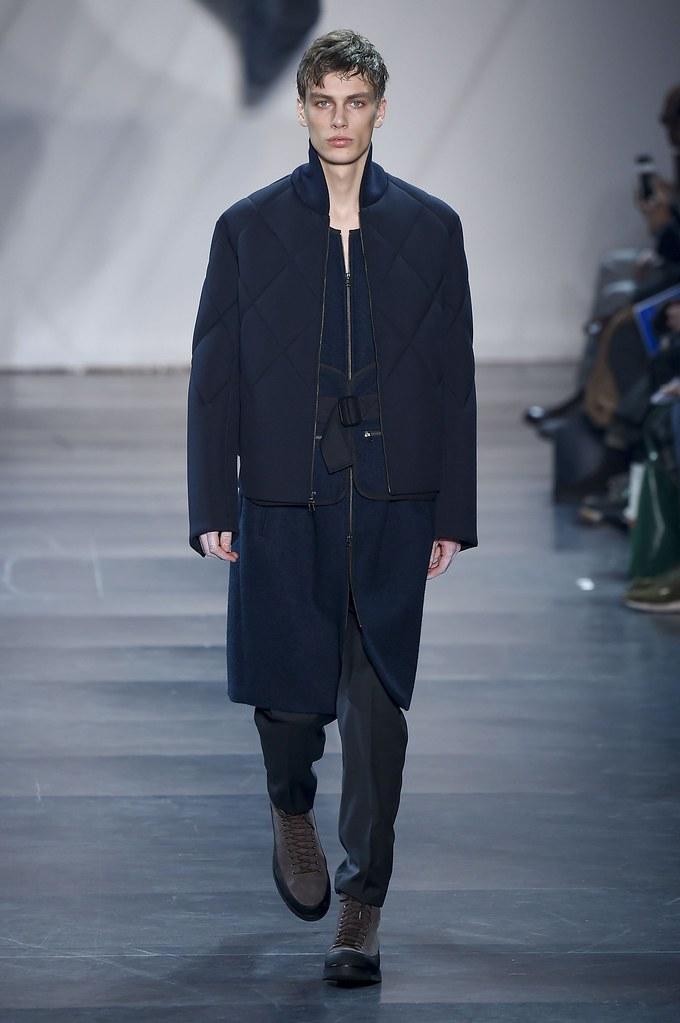 Marc Schulze3087_FW15 Paris 3.1 Phillip Lim(fashionising.com)