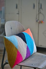 wood & wool harlequin pillow 029