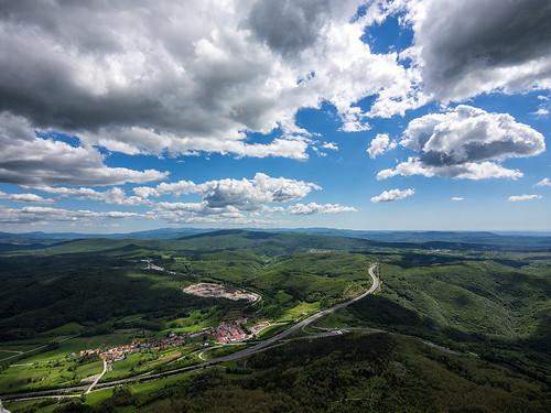 highway day cloudy slovenia slovenija nanos avtocesta razdrto