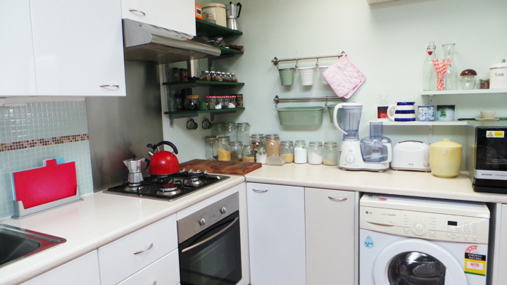 kitchen-makeover-before a